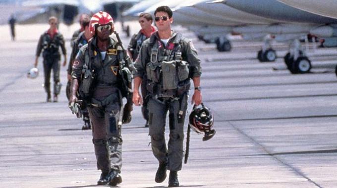 Tom Cruise annuncia il via alle riprese di Top Gun 2