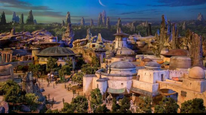 [D23 Expo] Ecco l'enorme modello di Star Wars Land