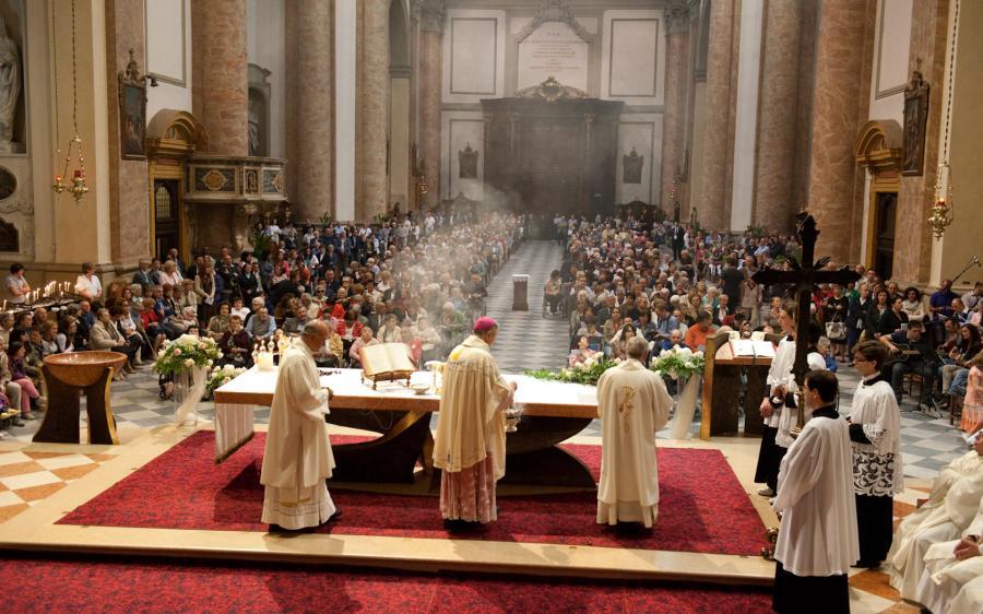 Risultati immagini per santa messa